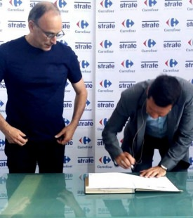 Strate et Carrefour became partners